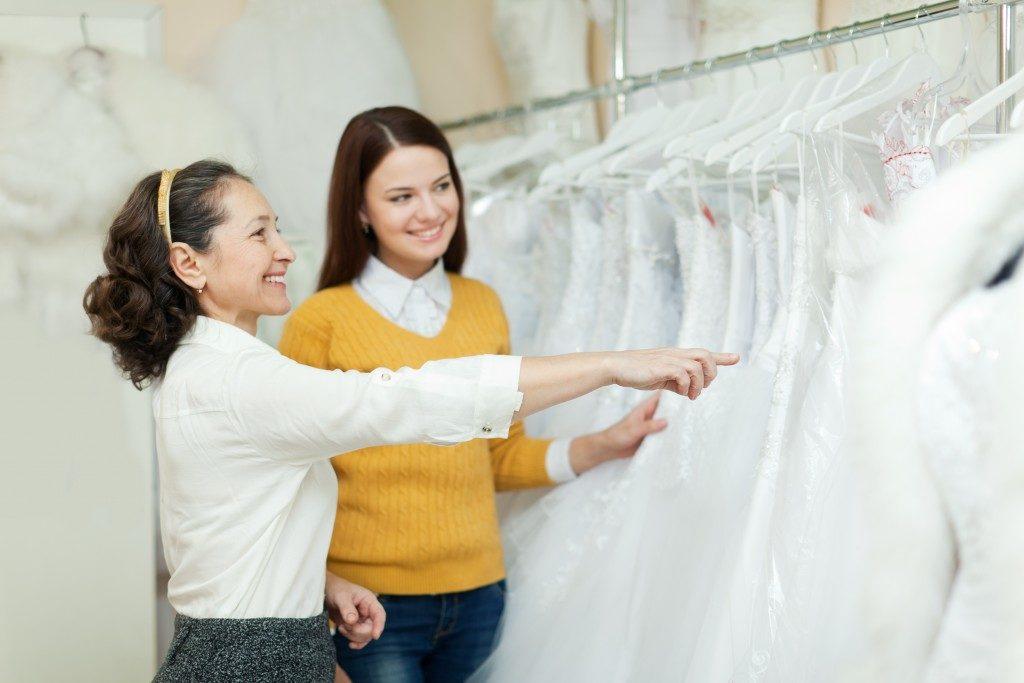 bride shopping fro wedding dress